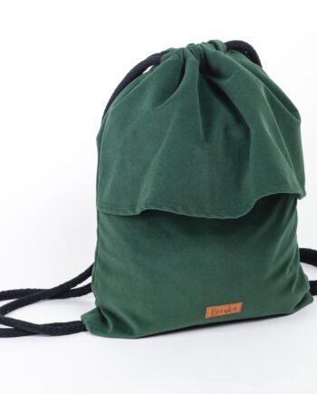 Plecak w kolorze zielonym z falbanką.