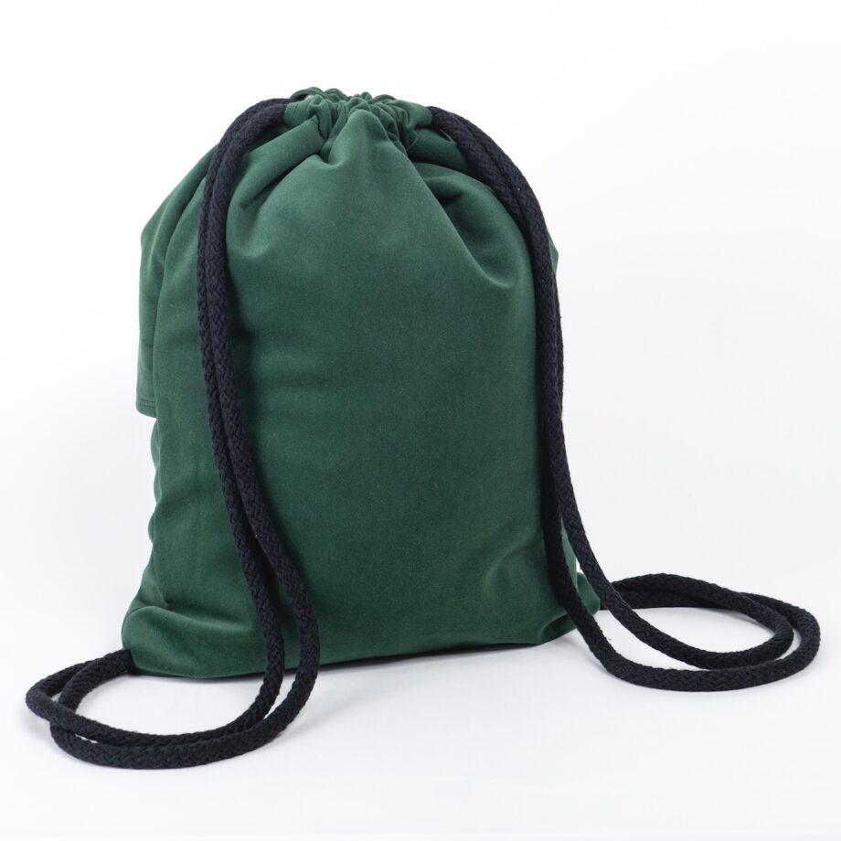 Plecak w kolorze zielonym z falbanką - tył.