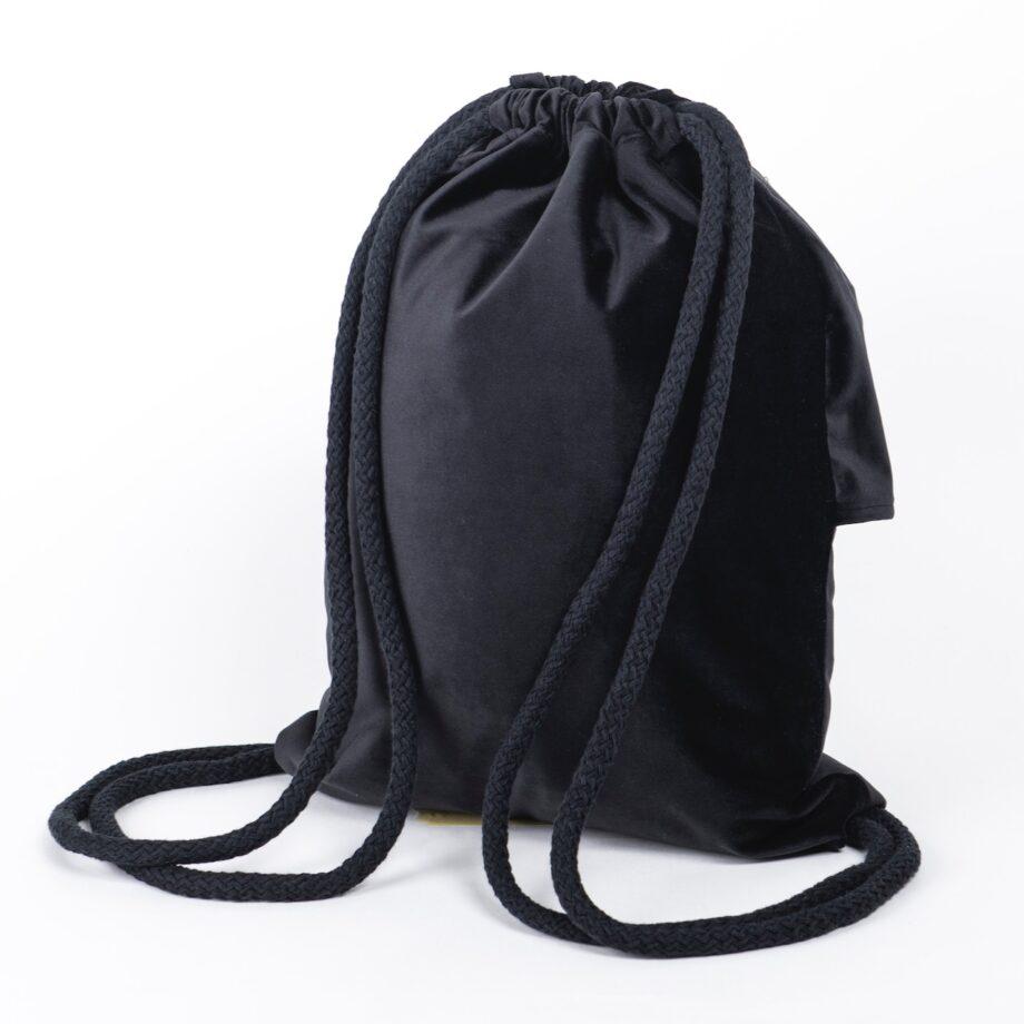 Plecak - worek, czarny z falbanką - tył.