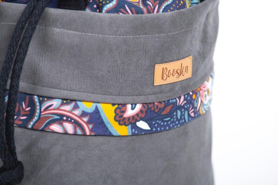 Torba - worek, z kieszenią, ciemno szara, kwiaty orientalne - detal.