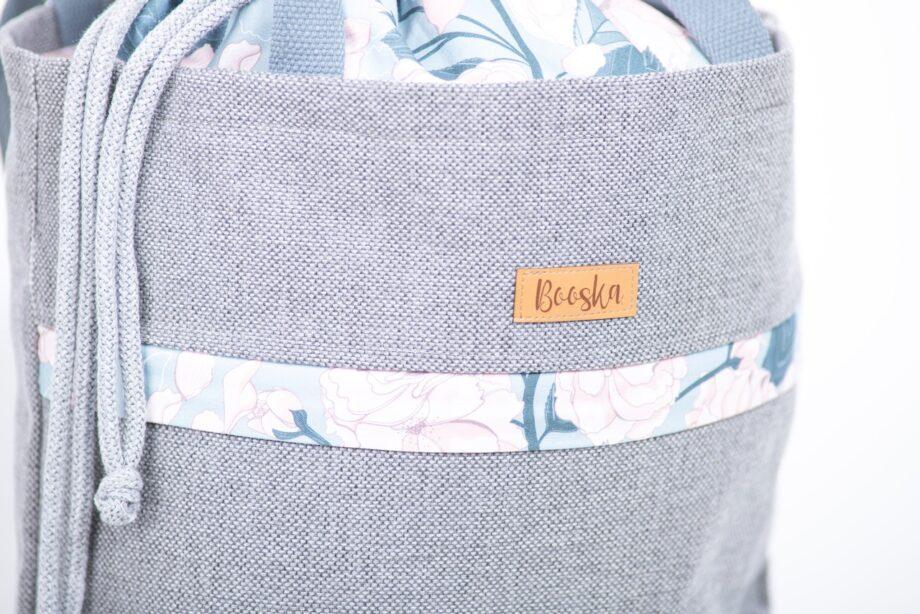 Torba - worek, z kieszenią, szara, kwiaty - detal.
