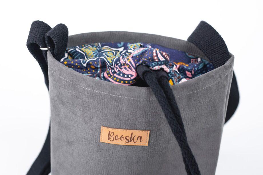 Mała torebka, szara, orientalne kwiaty - detal.